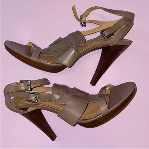 🤎 J. Crew Leather Taupe Heels Sandals 9.5 🤎